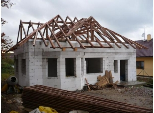 Chcete nový krov do deseti dnů?