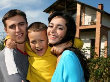 Logo Nabídkové úrokové sazby 70%hypoték opět blízko minim