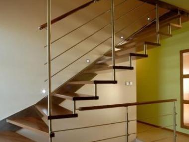Logo Jak vybrat schodiště?