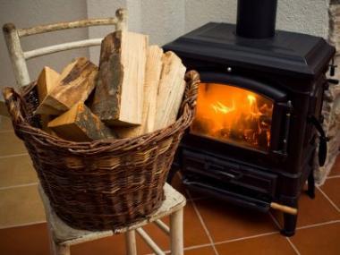 Logo Krbová kamna vytvoří teplo domova