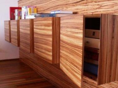 Interiér z dřevěného nábytku na zakázku