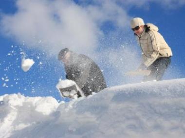 Odstraňujte sníh ze svých střech