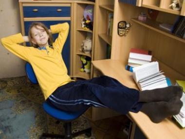 Jak vybírat dětské psací stoly?