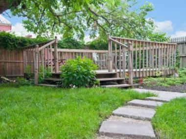 Půvab dřeva v zahradní architektuře