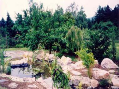 Logo Voda vdýchne zahradě život, osvěží, přitahuje, fascinuje
