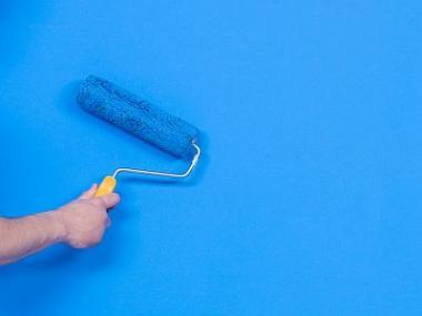 Logo Barevná výmalba zkrášlí interiér avytvoří hygienické prostředí