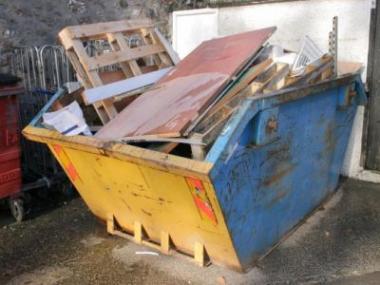 Logo Potřebujete dopravit stavební materiál nebo odvézt odpad?
