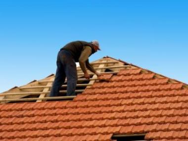 Logo Rekonstrukce střechy před realizací půdní vestavby