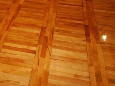 Obnovte krásu dřevěné podlahy a prodlužte její život