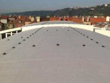 Živičné a fóliové hydroizolace pro všechny typy střech