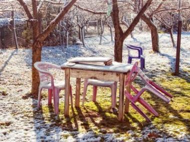 Co se zahradním nábytkem před zimou?