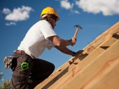 Tesařské práce při stavbě domu a v zahradě