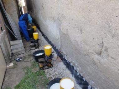 Odstraňte vlhkost ze zdiva