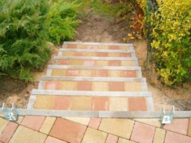 Proč použít beton v zahradní architektuře
