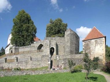Logo Svojanov –hrad, který stráží kupeckou stezku dodnes