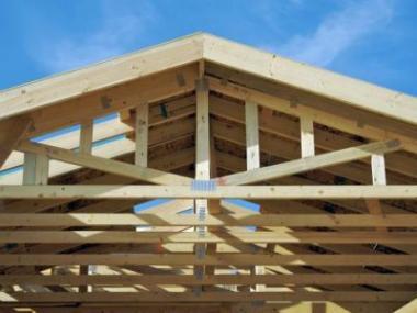 8 důvodů, proč postavit krov z příhradových vazníků