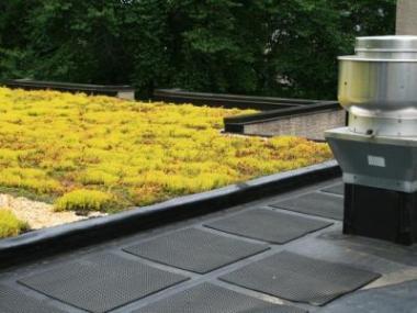 Logo Jak izolovat plochou střechu