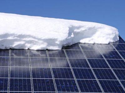 Ometat sníh ze solárních panelů?