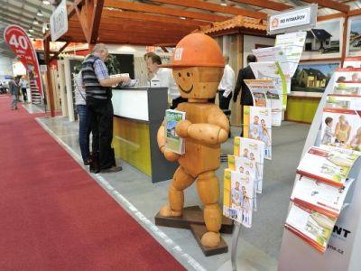 Logo Češi volí dřevostavby především kvůli jejich rychlé výstavbě