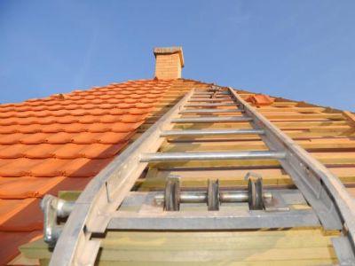 Logo 8rad, jak vybrat novou střechu právě pro váš dům
