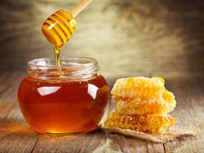 Jak rozeznáme kvalitní med od napodobeniny