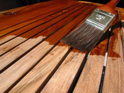 Logo Jak natřít dřevo, nakteré prší?