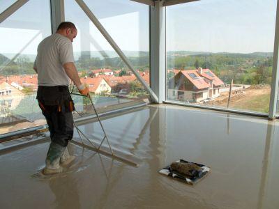 Jak vybrat správný litý potěr pro novou podlahu