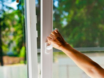 Jak vybrat levná plastová okna