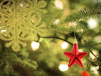 Vyznáte se v barvách vánočních ozdob?