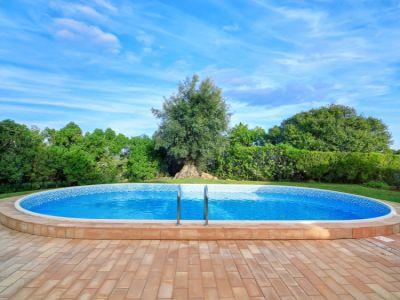 Stavíte zapuštěný bazén? Nezapomeňte na tepelnou izolaci!