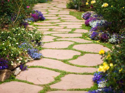 Jak vybrat dlažbu do zahrady?