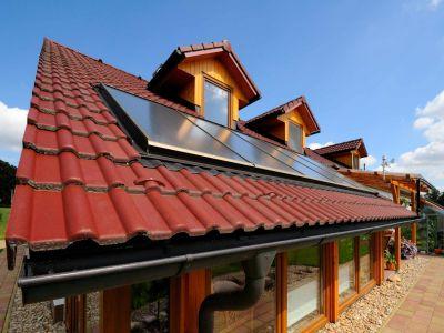 Češi si za novou střechu rádi připlatí