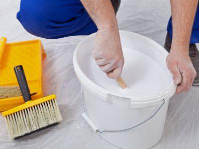 Logo Deset rad, jak si vymalovat svépomocí