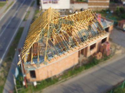 Jak nejlépe využít potenciál dřevěných příhradových vazníků