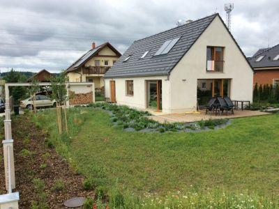 Krásné, moderní a pohodlné bydlení skoro na samotě a taky u lesa