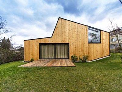 Logo Hlasujte pro nejlepší dřevěné stavby avyhrajte pobyt vesrubu!
