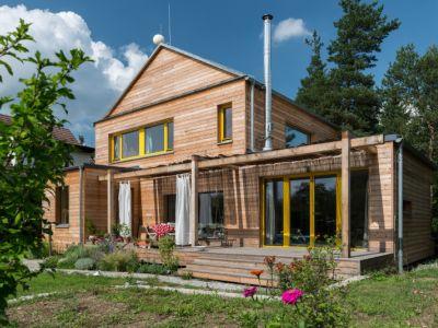 Pasivní dům prokreslený dřevem