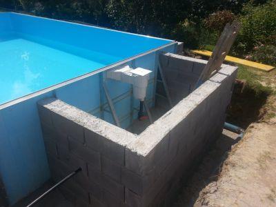 Při stavbě zapuštěného bazénu myslete i na jeho zateplení