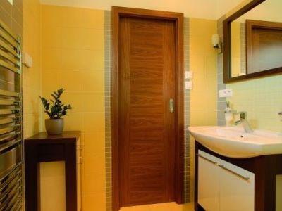 Proč pořídit s novými dveřmi i nové zárubně