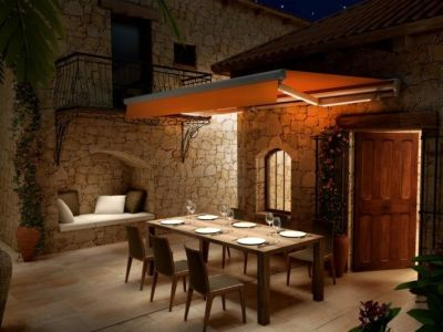 Zpříjemněte si posezení na zahradě i po setmění