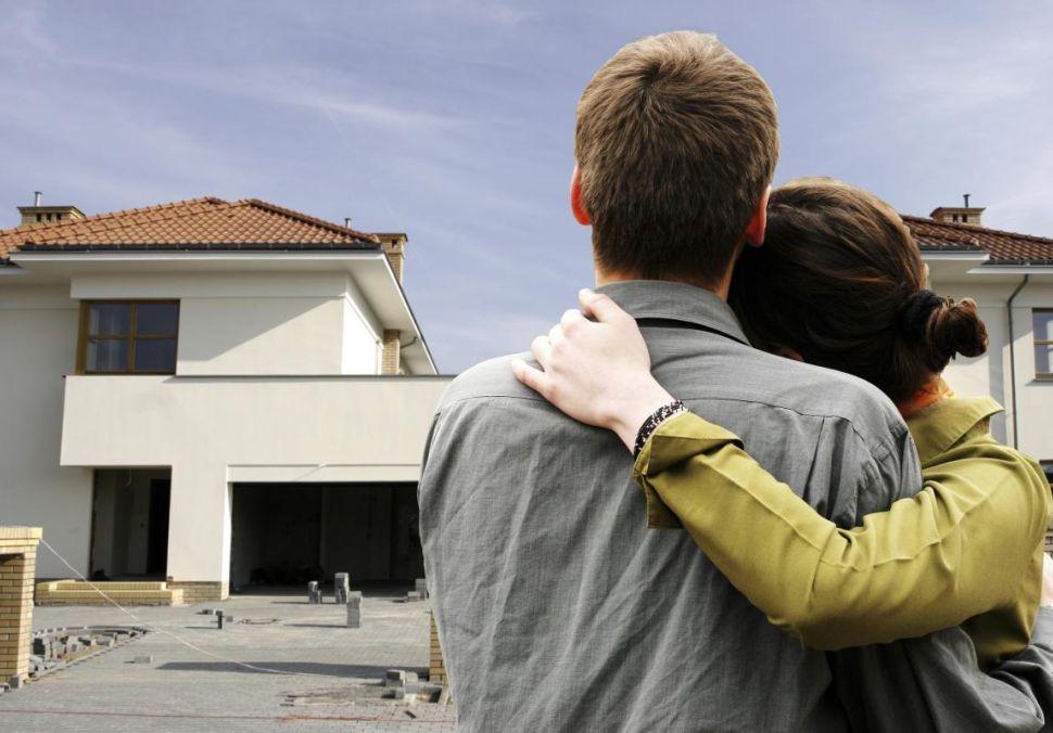 Logo Hypotéční sazby letí nahoru. Ceny bytů poprvé vystoupaly nad 3miliony!