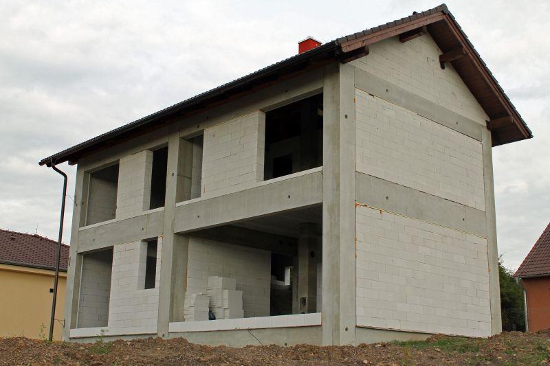 Betonový skelet domu