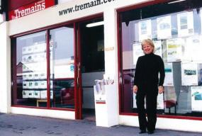 Realitní společnost Tremains - Professionals s makléřem Rachel Dailey.