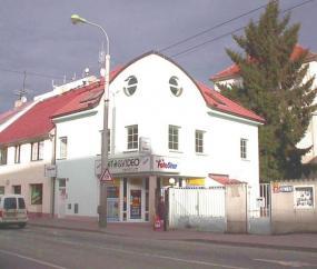 Foto Velox. Referenční stavba Lidická tř., ČB (Fotostar).