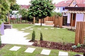 Foto Hajný zahrada.