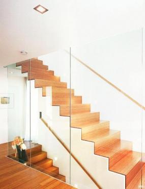 Foto INVO CB s.r.o. - okna, dveře, schodiště