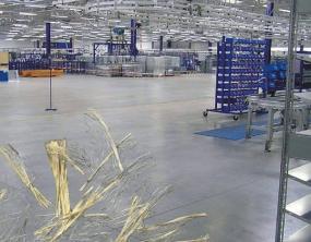 Foto Capro. Vysokopevnostní vlákna pro průmyslové podlahy.
