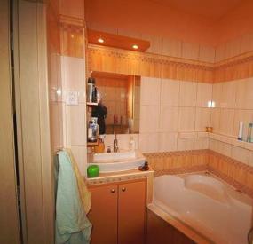 Foto Harmonie bydlení s.r.o.  Realizovaný byt, koupelna.