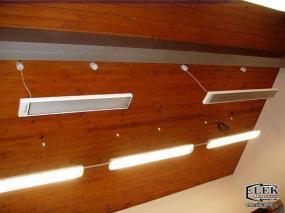 Foto: ELEK - BARTOŠ, zářiče zavěšené od stropu