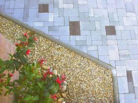 Foto: BEKERA - zámková dlažba pro dům a zahradu